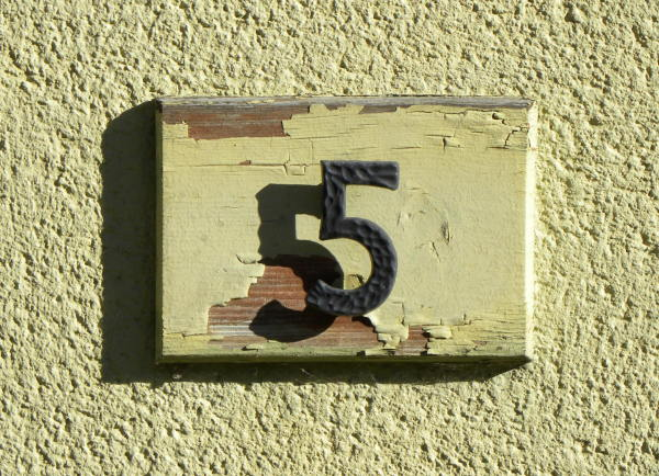House number 82 meaning picture 2